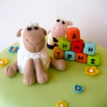 Sheep and Cow topper closeup