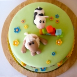 farm cake from above