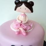 cute-ballerina-cake