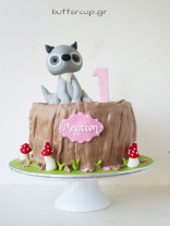cute-forest-animal-fox-tree-trunk-cake