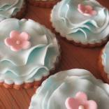 frilly flower biscuits