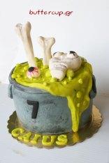 halloween-cauldron-cake2