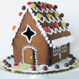 large-gingerbread-house