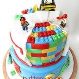 lego-cake-top