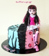 monster-high-draculaura-cake