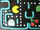pacman cake closeup