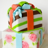 painted present cake-1wtr