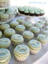 rocking horse cupcakes-4wtr