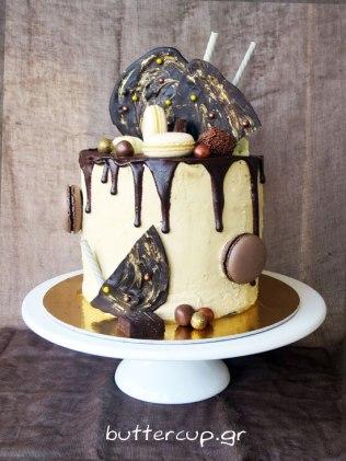 tall-naked-tiramisu-cake