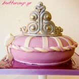 tiara pillow cake-1wtr