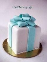 tiffany-blue-bow-present-cake