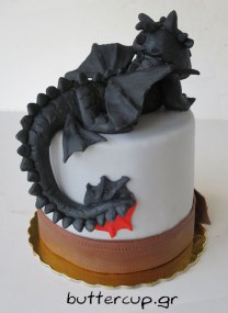 Toothless-dragon-cake