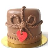 valentine's cake 002web