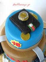 wallet and head phones cake 2 wtr
