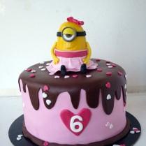 cute-minion-with-tutu-cake