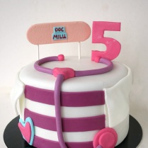 little-doctor-cake