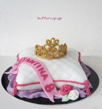 pillow-princess-tiara-cake-3