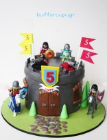 playmobil-castle-cake